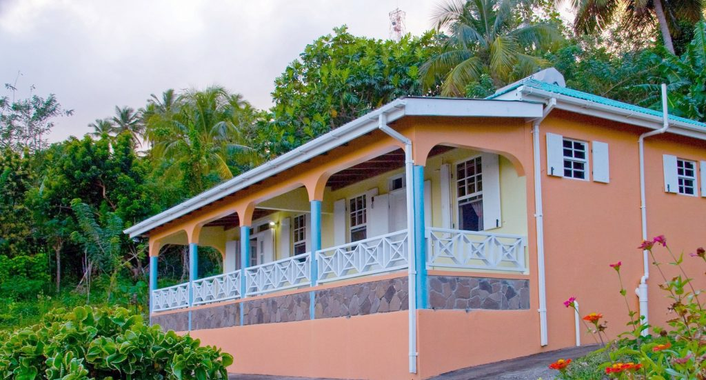 Breezes Vacation Cottage Dominica